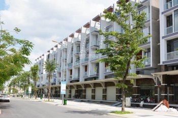 73tr/m2=100m2 khu đô thị 198ha gần sân bay Tân Sơn Nhất, 3 mặt giáp sông tiện ích 5* nhà phố, 5x20m