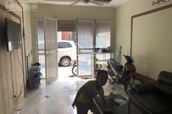 Bán nhà đẹp về ở ngay ngõ ô tô tránh nhau, ô tô vào nhà Tam Trinh Yên Sở 42m2 x 5T, giá 4 tỷ