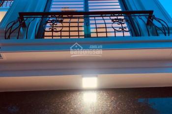 Gia đình cần bán căn nhà cuối đường Nguyễn Khuyến - Yên Xá 2.35 tỷ*5 tầng*3PN. 0913.373.846