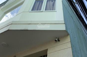 Nhà 3 tầng 2 mặt kiệt đường Mai Lão Bạng, Hải Châu, Đà Nẵng. Nhà 3 tầng mới xây có 3 phòng ngủ