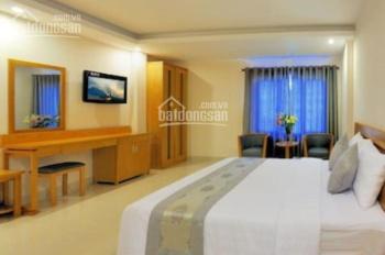 Khách sạn 28 phòng chuẩn cao cấp, DT: 10x10m, XD hầm, trệt, 5 lầu, thang máy, hot giá 35.9 tỷ