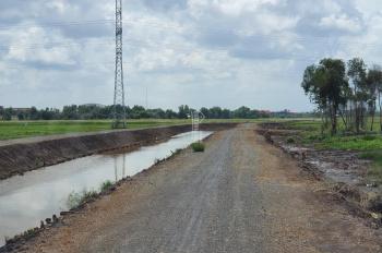 Bán đất 2 mặt tiền 150m, đường đá bờ kênh 2ha7, giá rẻ nhất