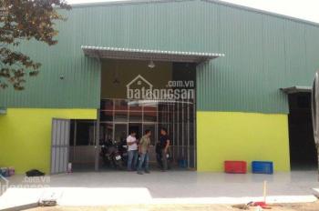 Cho thuê nhà xưởng 680m2 đang làm may, giá 28tr/tháng tại Hương Lộ 80B, Hiệp Thành, Q12