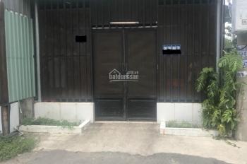 Cần bán nhà cấp 4 và trọ 5 phòng gần ngay cầu Thầy Cai, giáp Củ Chi