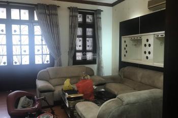 Cho thuê nhà ở Kim Mã, DT: 70m2x5T, MT 5m, có gara để 3 ô tô, giá thuê 45 triệu/th. LH 0903215466
