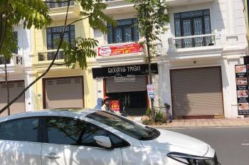 Bán nhà 4 tầng mặt đường Bùi thị Xuân KĐT Petro Thăng Long, Thái Bình. LH: 0945.215.256