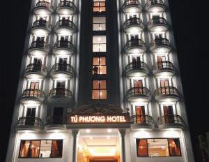 Cho thuê khách sạn 19 - 21 Đông Du, P. Bến Nghé, Q.1 34 phòng 2 hầm 8 lầu, 620 tr/th, 0939116679