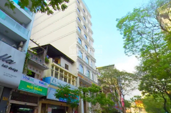 Chính chủ bán nhà đường Nguyễn Trãi, Quận 1. DT 20x20m, vuông vức giá 72 tỷ