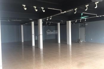 Cho thuê mặt bằng hơn 500m2 phù hợp làm showroom, trưng bày SP, văn phòng