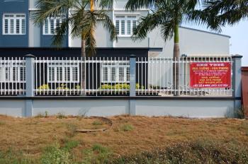 Cho thuê xưởng mới trong cụm CN Đức Hòa, DT: 3.200m2 - Giá thuê: 120 triệu/tháng. LH: 0961.498.812