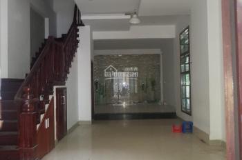 Cho thuê nhà riêng mới đẹp ngõ ô tô tránh phố Kim Mã, Ba Đình, DT 80m2 x 5t, MT 4m. Giá 38tr