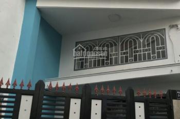 Cần bán gấp căn nhà hẻm xe hơi 6m, đường Lạc Long Quân, P. 9, Tân Bình. DT 4x10m 3 tầng, giá 4,9 tỷ