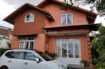 Gia đình có việc cần bán gấp nhà mặt tiền đường Hoàng Hoa Thám, TP. Đà Lạt, thích hợp mở Homestay