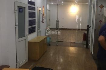 Cho thuê nhà mặt phố Sơn Tây, diện tích 110m2 x 5 tầng, mặt tiền 4m. Có thang máy