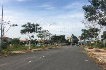 Thanh lý lô đất mặt tiền đường Hoàng Hữu Nam (Q9) 5x20m, LH 0939849297 (Anh Vương), SHR giá 2,6 tỷ