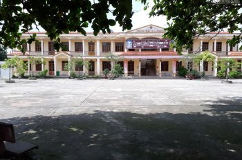 Bán nhà 3 tầng hướng Đông Tứ Trạch thôn Vân Tra, sau trường tiểu học An Đồng