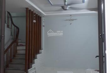 Bán nhà Thanh Am, Thượng Thanh 30m2 xây mới hướng Tây Nam, giá 2,1 tỷ