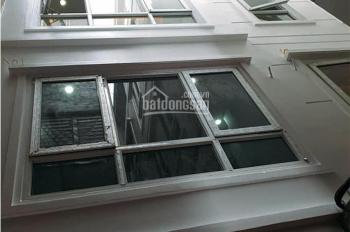 Bán nhà mới đẹp Bùi Xương Trạch, Thanh Xuân, 5 tầng x 33m2, giá 2.9 tỷ. LH: 0983911668