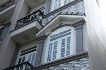 Cho thuê nhà 5 tầng mặt phố Đỗ Quang (0975983618) giá 37 triệu/th. Liên hệ: Chính chủ