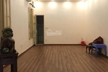 Cho thuê nhà mặt phố Đặng Dung 90m2, mặt tiền 6,5m, riêng biệt, giá 35 tr/tháng. LH 0986226607