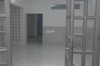 Cho thuê nhà nguyên căn đường Hòa Hưng, P13, Quận 10, 4 phòng ngủ, rộng rãi thoải mái