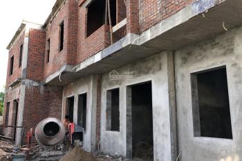 Bán nhà 2 tầng xây mới diện tích 50m2 thôn Quỳnh Hoàng Nam Sơn. Liên hệ 0968.989.994
