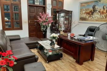 Cho thuê nhà mặt ngõ ô tô phố Tôn Đức Thắng, DT 90m2 x 5 tầng, 2 mặt tiền, có gara, giá 35 tr/th