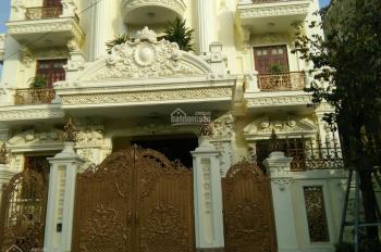 Cần cho thuê nhà mặt phố Trần Phú (cạnh công viên Lênin), dt 250m2 x 3 tầng, MT 10m, giá 186tr/th