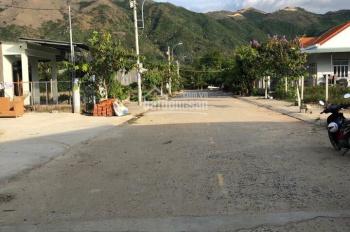 Bán kho xưởng rộng 400m2 tại khu tái định cư Diên An, đường rộng 13m. LH: 0898.368.999 (Bách)