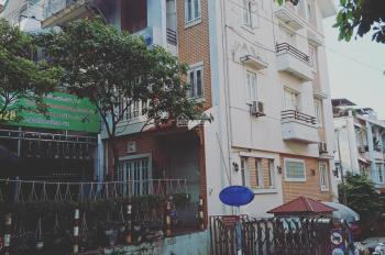 Cho thuê nhà biệt thự Quảng Khánh, Tây Hồ, DT 200m2, xây dựng 90m2 x 6 tầng, 1 tum