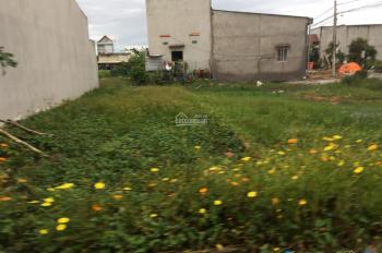 Bán đất thổ cư giá rẻ MT đường Nguyễn Trung Trực, thị trấn Bến Lức, SHR, giá 650tr. LH 0934118618