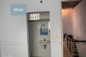 Nhà nguyên căn hẻm 154 đường Nguyễn Kim, Q10