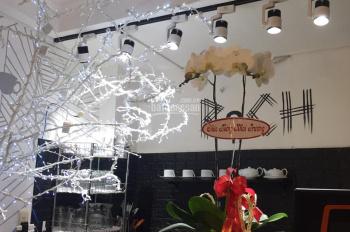 Sang nhượng quán cafe tại Rạch Bùng Binh, quận 3, HĐ dài hạn, giá tốt