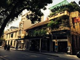 Cần bán nhà mặt phố Hàng Chĩnh, DT 140m2, MT 7m, tiện xây tòa nhà cao tầng, LH: 0965190000