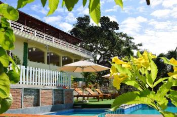 Cho thuê bungalow mặt tiền đường Trần Hưng Đạo, trung tâm Phú Quốc. LH 0916537979