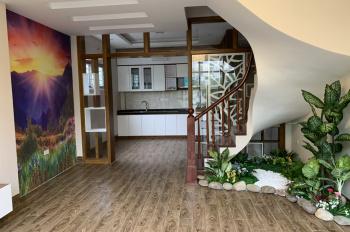Bán 3 căn mặt phố số 141 Nguyễn Ngọc Nại, nội thất hiện đại. LHCC: 0973909524