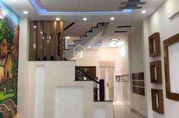 Tôi chủ nhà cần bán gấp nhà 1 - trệt - 1 lửng - 2 lầu đường Hà Huy Giáp - Quận 12 - LH 0909099390