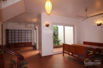 Cần tiền bán nhanh căn nhà 80m2 thiết kế hiện đại Bồ Đề - Long Biên. Liên hệ: 0971.598.653