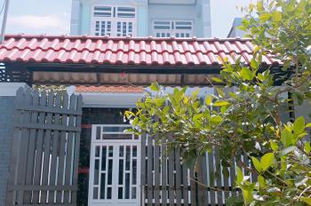 Chính chủ bán nhà mới xây ngày Đức Hòa Long An, sân trước sân sau rộng, giá chỉ 1.4tỷ lh 0941553349