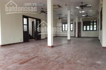 Cho thuê nhà hẻm lớn ngay đầu đường Phổ Quang quận Tân Bình diện tích 12x23m 1 hầm 3 lầu