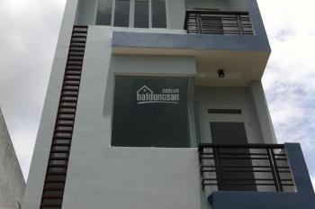Cho thuê nhà riêng ở Hào Nam DT: 82m2x5T, MT: 5,5m full nội thất, gía thuê: 35 tr/th LH: 0903215466