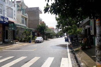 Bán nhà mới xây mặt tiền kinh doanh khu Vsip I, Thuận An, DT: 5x20m, 1 trệt, 1 lầu giá 4 tỷ