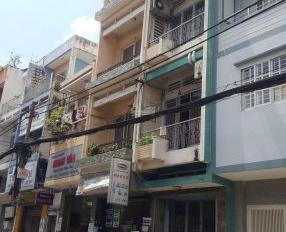 Xuất cảnh, bán gấp MT 2 lầu Hồng Lạc, Tân Bình 3,1*13,8m, 6 tỷ 900 TL đang cho thuê 20tr