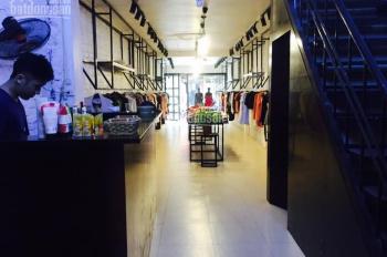Cho thuê nhà mặt phố Lê Văn Hưu: 90m2 x 3,5 tầng, kinh doanh hàng ăn uống thì quá đẹp. 0906216061