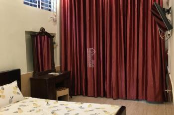 Cho thuê căn hộ khách sạn mới xây tại trung tâm Quận Long Biên
