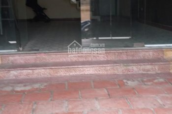 Cho thuê nhà làm kho, cửa hàng mặt phố Quan Nhân, DT: 80m2, 8 triệu/tháng