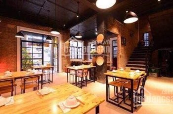 Sang nhượng nhà hàng mặt phố Tố Hữu - Lê Văn Lương, 250m2 sàn, 12m mt, HH2 Bắc Hà 0946.840.681