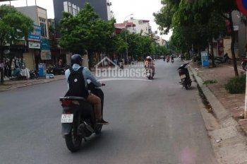 Bán nhà mặt phố Ngô Xuân Quảng, Trâu Quỳ, GL, 56.8m2, MT 4.7m, giá 8.22tỷ