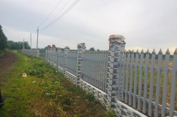 Bán đất gần KDL Phú Nha Trang Đá Bạc DT 16500m2 Giá 14 tỷ thương lượng 0909502179