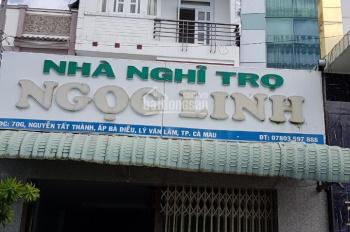 Bán nhà nghỉ số 70G, đường Nguyễn Tất Thành, Lý Văn Lâm, TP. Cà Mau, giá 7.5 tỷ